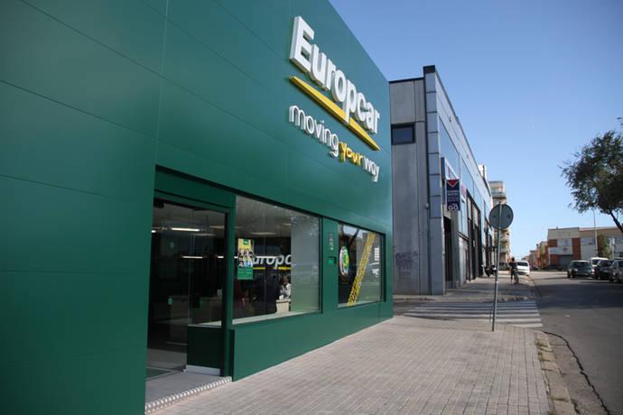Europcar inaugura una nueva Supersite de furgonetas en Barcelona