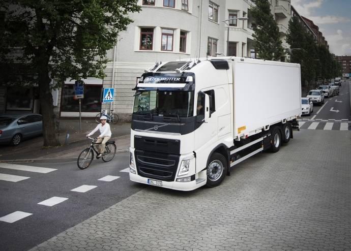 El Informe de seguridad de Volvo Trucks 2017 se centra en los más vulnerables