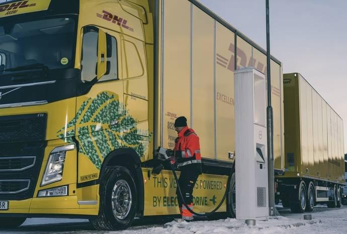 DHL y Volvo: Transporte libre de combustibles fósiles
