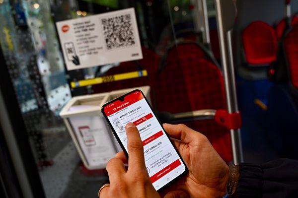 TMB implanta el billete sencillo electrónico en el autobús