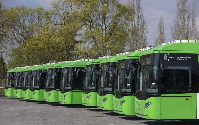 Vectia entrega cinco nuevos Veris.12 Hybrid a Tuvisa, en Vitoria