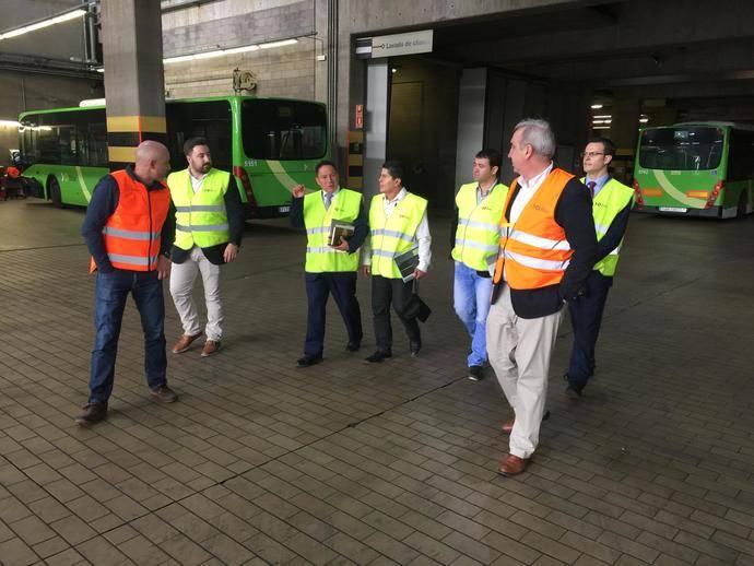 Titsa muestra a una delegación de Colombia y Perú su sistema de gestión