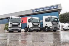 Tres de las tractoras de Scania que formaron un tren para la prueba.