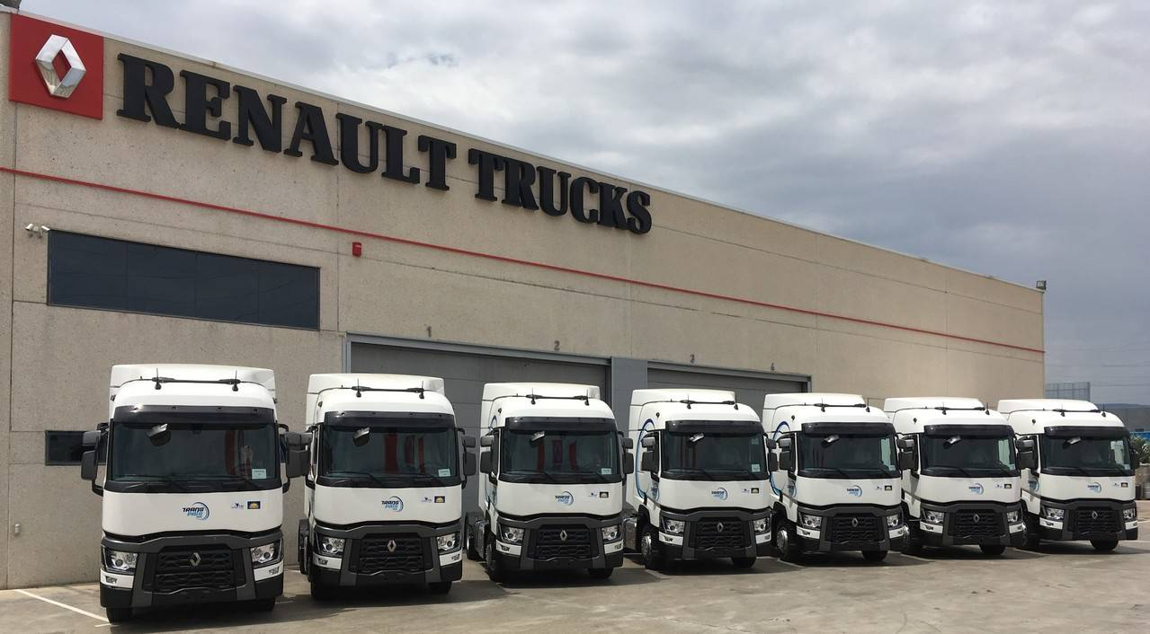 La empresa Transpaís incorpora a su flota 31 camiones Renault Trucks Gama T