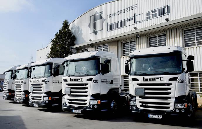 Transportes Bort opta por la versatilidad del Scania R 450