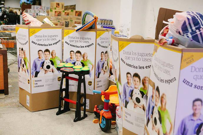 UPS recoge 3.000 juguetes en Madrid, Barcelona y Valencia para niños necesitados