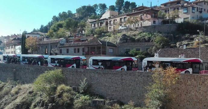 Los cinco nuevos autobuses de Unauto.