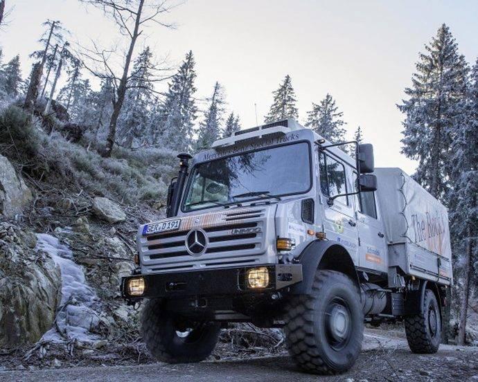 Mercedes-Benz Special Trucks ofrece ayuda en el rescate de montaña