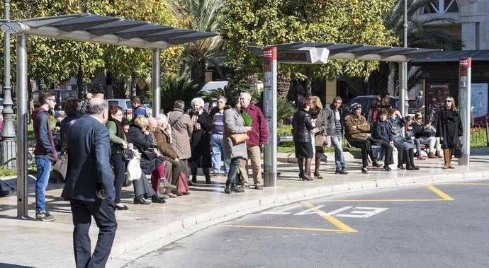 El transporte urbano crece en noviembre a un ritmo menor que en octubre