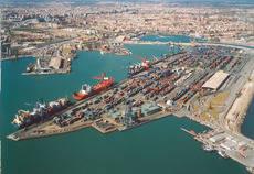 Valencia es el puerto con mayor conectividad de España