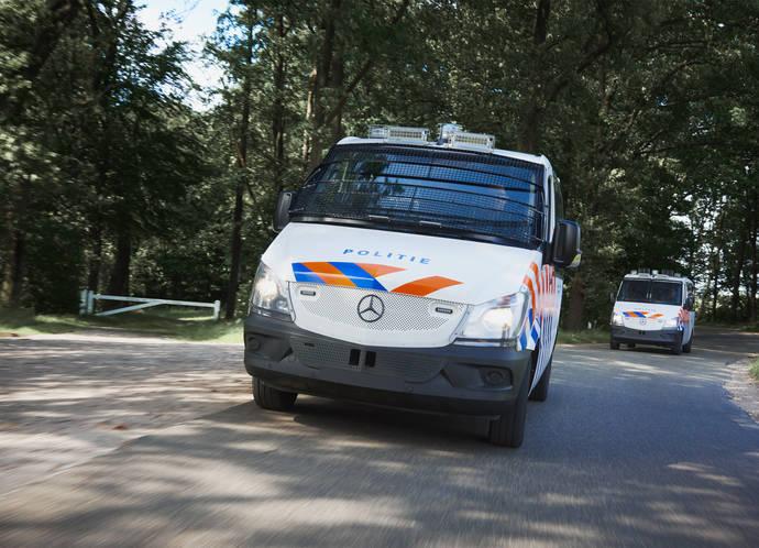 VDL Bus & Coach entrega los dos primeros autobuses convertidos para la Policia