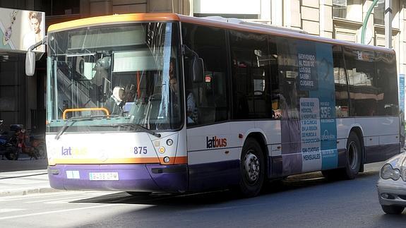 Un autobús de la ciudad de Murcia.