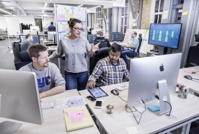 División de IT de Volkswagen amplía capacidades en servicios digitales