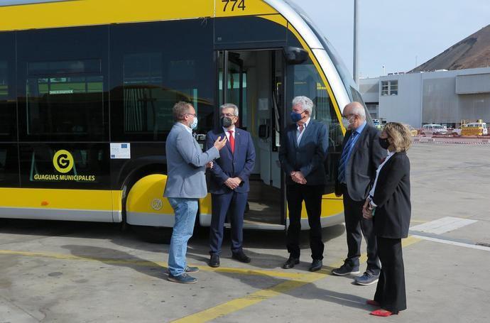 Canarias respalda la captación de fondos europeos para MetroGuagua