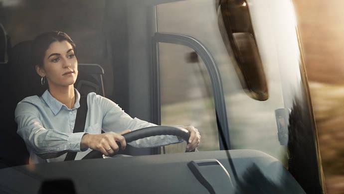 Volvo Buses y VFS: nueva línea de soluciones flexibles de financiación