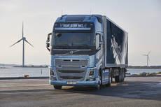 Los Volvo FH y FH16 E.L Volvo Ocean Race listos en España
