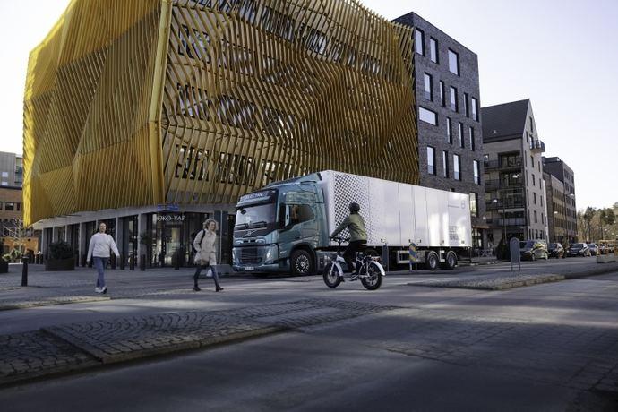 Volvo Trucks incorpora avisos sonoros a sus camiones eléctricos