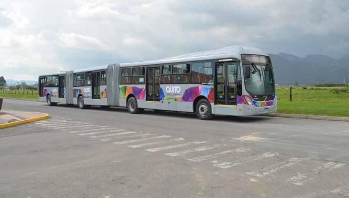 Volvo entrega 80 autobuses bi-articulados a Ecuador, para su sistema de BRT