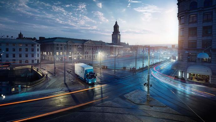 Volvo Trucks pone en marcha su decidida apuesta por la electromovilidad