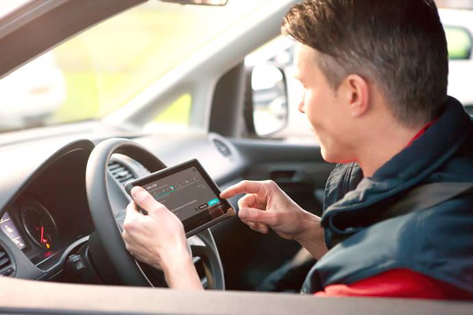 Optimizar el estilo de conducción para prevenir riesgos en el sector del Transporte