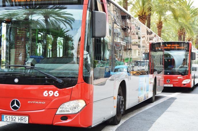 Alicante recupera las líneas nocturnas de transporte, tras el toque de queda