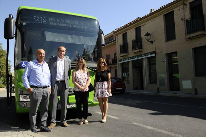 Sevilla la Nueva renueva su flota con tres nuevos autobuses
