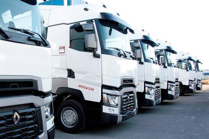 Transportes Aranda refuerza su flota con Renault Trucks T520