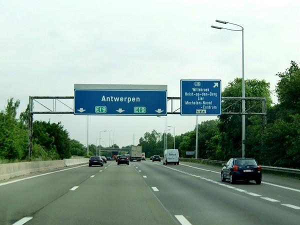 CNTC y CETM denuncian multas al transporte español en Bélgica