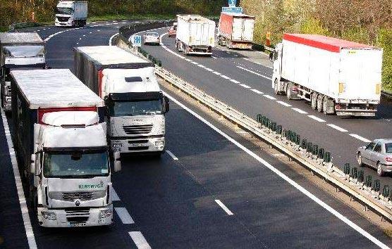 Ábalos confirma que no se restablecerán los requisitos de acceso al Sector