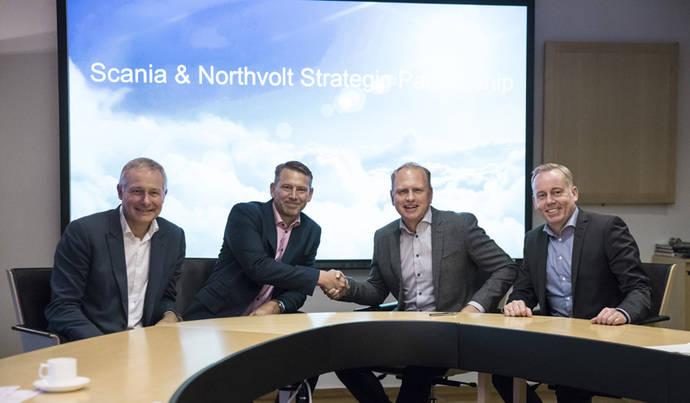 Scania y Northvolt colaboran para la electrificación de vehículos pesados a través de pilas de batería