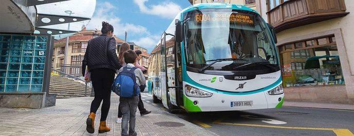Lurraldebus aumenta sus usuarios en agosto