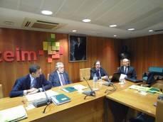 Junta Directiva en la reunión de Asintra