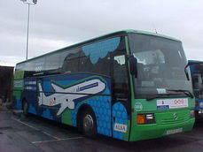 Asturias adapta el horario de buses al aeropuerto para dar servicio al último vuelo que aterriza