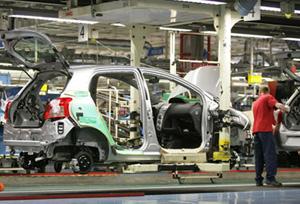 La producción de vehículos arranca el año con un alza del 1%, según datos de Anfac