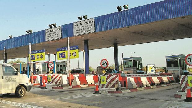 La eliminación de peajes en la AP-7 y la AP-4 redistribuirá mejor los tráficos