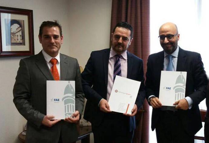Los asociados a Astracc contarán con los servicios de Lextransport Grupo