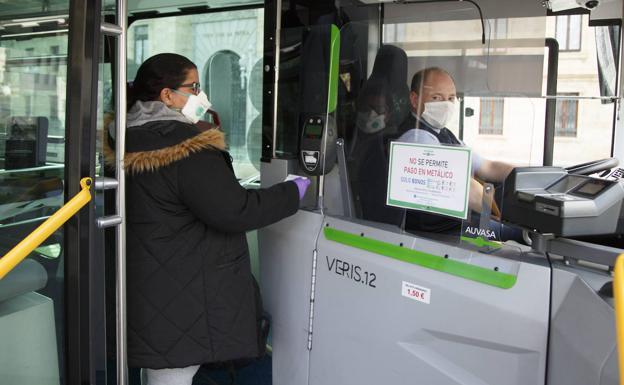El Mitma especifica el uso de mascarillas en el transporte público