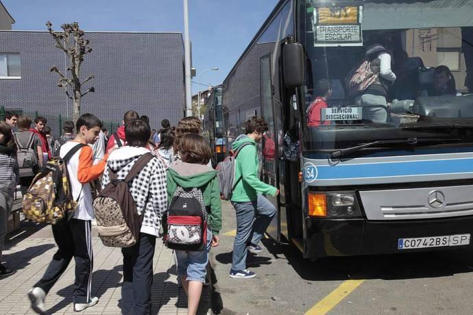 Campaña especial de vigilancia de la DGT en autobuses de transporte escolar