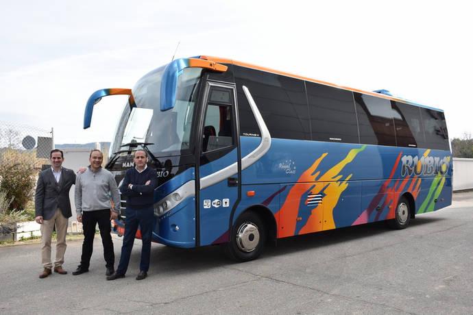 Nogebus realiza varias entregas de sus autobuses