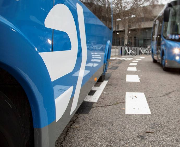 Líneas gratuitas en Madrid para mover a sanitarios y voluntarios
