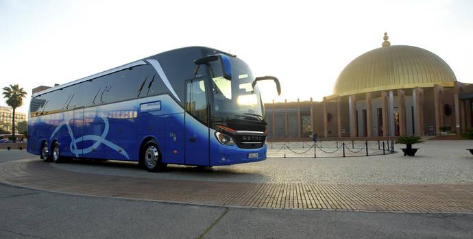 Presentación oficial Fitur del exclusivo autocar Top Line, de la empresa Rosabus