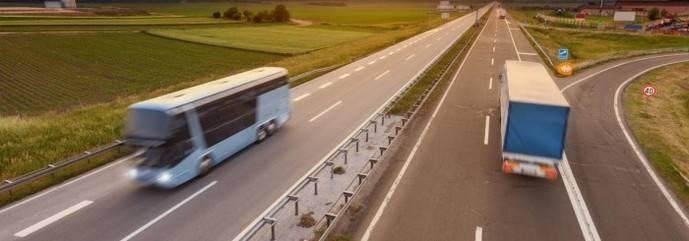 DGT se une a Tispol en la vigilancia de camiones y autobuses
