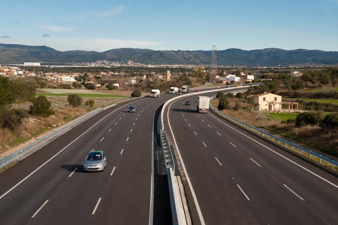 Fomento impulsa renovación concesiones de autobuses de competencia estatal