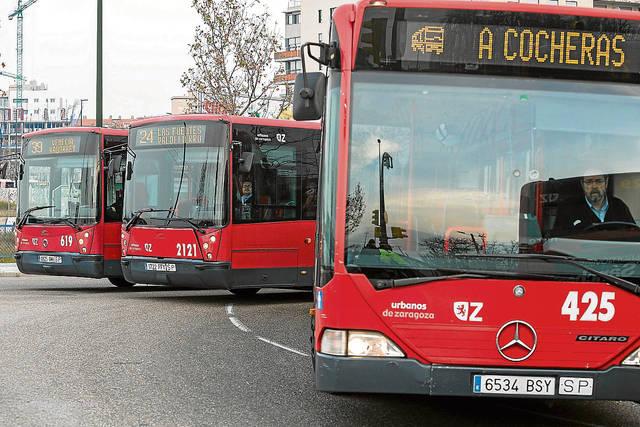 Zaragoza pide a Auzsa un plan de mantenimiento de autobuses