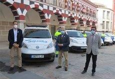Aguas de Badajoz renueva su flota de vehículos con furgonetas eléctricas