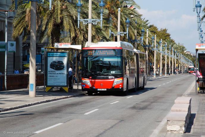 Los barceloneses aprueban con nota al servicio del transporte público