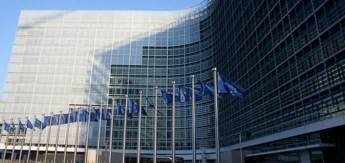 La CE escoge 17 proyectos de inversión en España para ayudas del fondo CEF