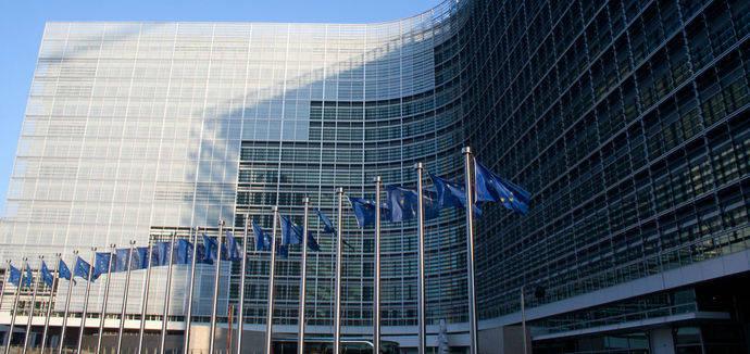 La Comisión Europea adopta normas comunes para mejorar la seguridad vial