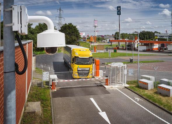 Solución inteligente de estacionamiento de camiones de Bosch protege al conductor