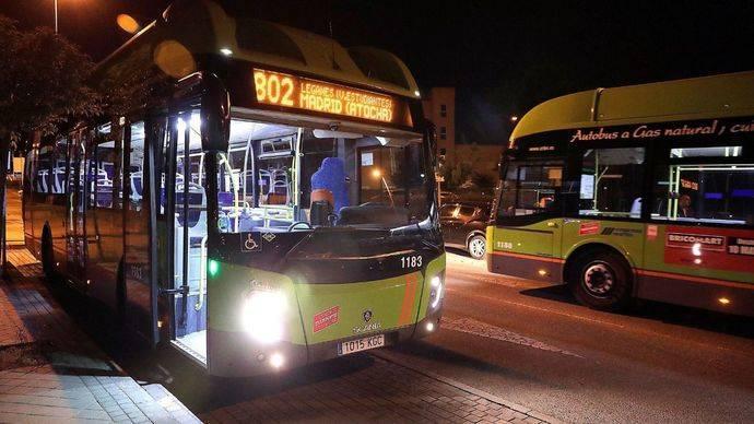 Autobús nocturno de la línea N 802 Madrid (Atocha) - Leganés (Vereda de los Estudiantes), donde se ha implantando el proyecto piloto.